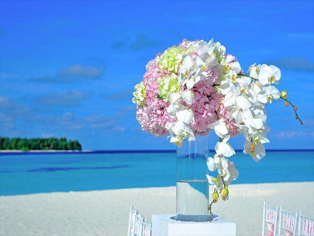 予算優先ならゴールデンウィークの結婚式は安いことが多くておすすめ_R